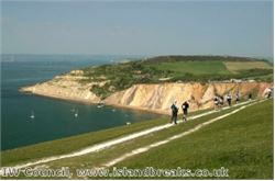 Isle of Wight 'an all-weather destination' for walkers