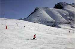 Snow improves Scottish ski conditions