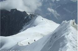 Briton uses climbing gear for Grandes Jordasses ascent