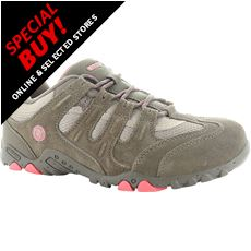 Quadra Classic Women's Walking Shoes (Size 3.5)